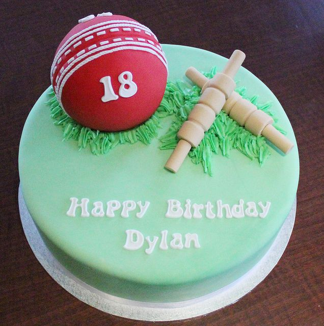 Some Cool Cricket Cake Ideas Cricket Theme Cakes Crust