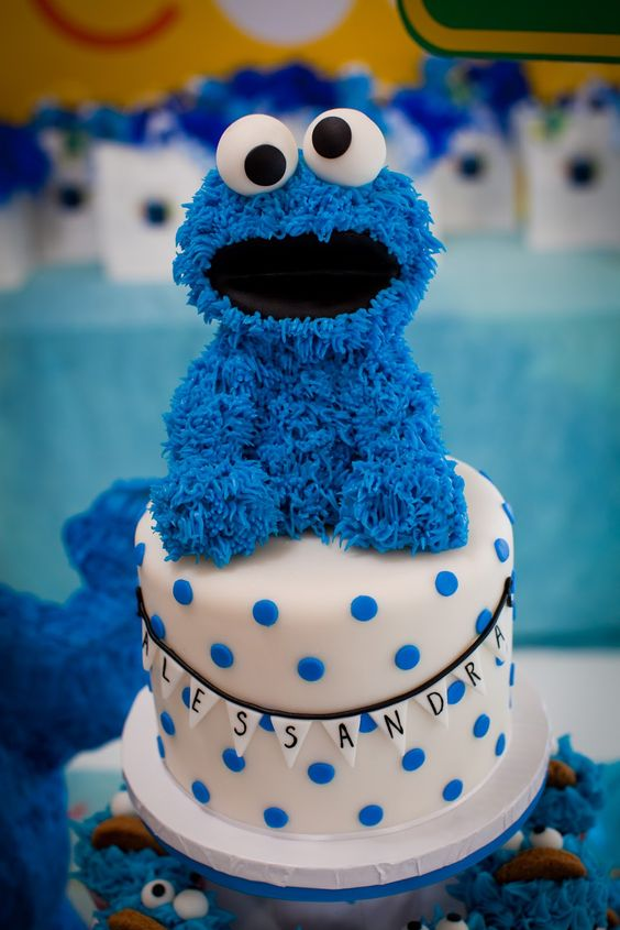 cool cake designs some cool cookie cakes cookie cake ideas 3045