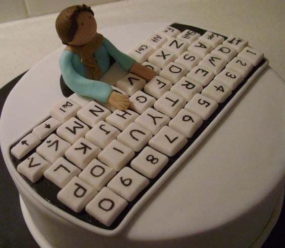 25 Best Ideas About Computer Cake On Pinterest: Some Cool Computer Themed Cakes / Computer Cakes